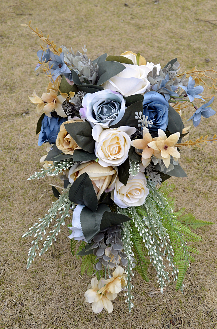 2018 New Blue Bridal Bouquet With White Roses Nature Initial Charm