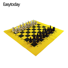 Easytoday Chess Game Set Resin Pieces Synthetic Leather Flannel Chessboard Terracotta Model Table Entertainment Games Gift
