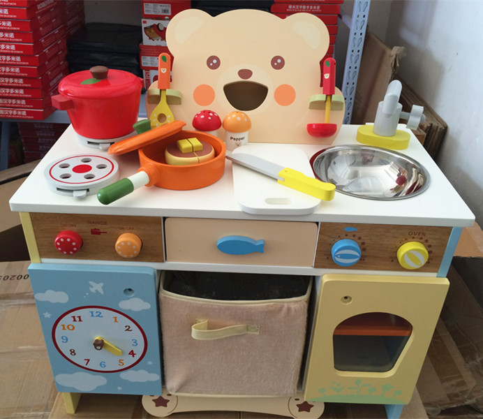все цены на  Baby Toys Cartoon Bear Kitchen Set Wooden Toys Japan Mother Garden Strawberry Kitchen Food Set Pretend Play Child Birthday Gift  в интернете