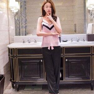 Image 5 - Yeni tasarım kadın saten Pijama takımı kaşkorse ve uzun pantolon takım elbise moda dantel v yaka iç çamaşırı seti eğlence ev tekstili lüks Pijama S