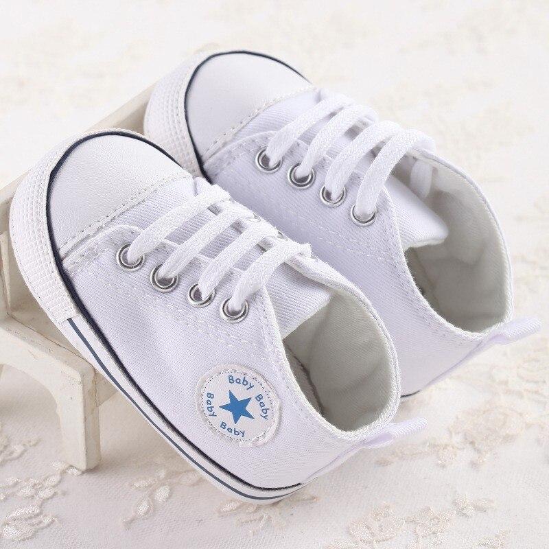 Новый Холст спортивная детская обувь новорожденных Обувь для мальчиков Обувь для девочек Обувь для малышей Infantil малыша мягкой подошвой Prewalker Спортивная обувь для 0-18 м