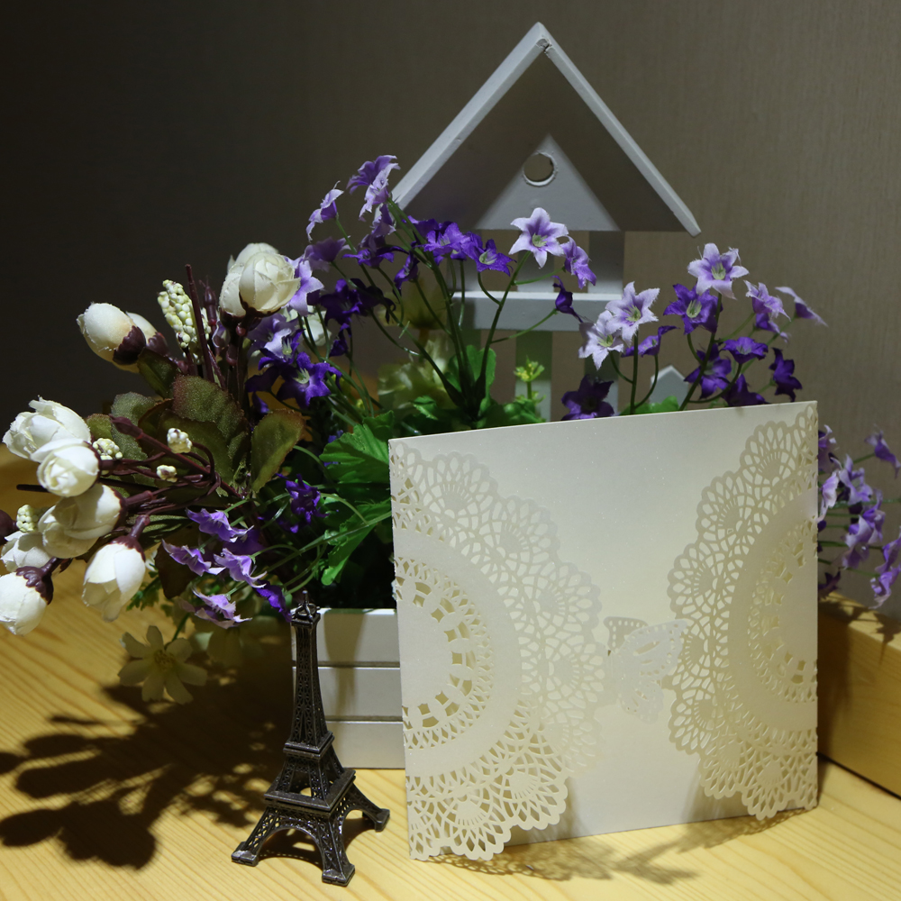 20pcs Romantic Laser Cut Wedding Invitation Card Butterfl Carved Pattern Wedding Card Hollow Out Wedding Banquet Party Supply 1 design laser cut white elegant pattern west cowboy style vintage wedding invitations card kit blank paper printing invitation
