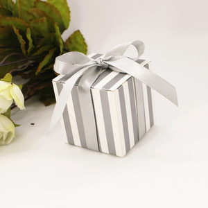 Image 2 - 50pcs/lot Gold Silver Striped Wedding Favors Box Candy Cookie Cake Boxes with Ribbon Craft Paper Gift Box bags promotion