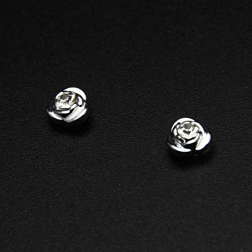 ZLDYOU Fashion Round Zircon Roses Flowers Zinc Alloy Magnetic Earrings Magnet Magic Crystal Stud Earrings Jewelry