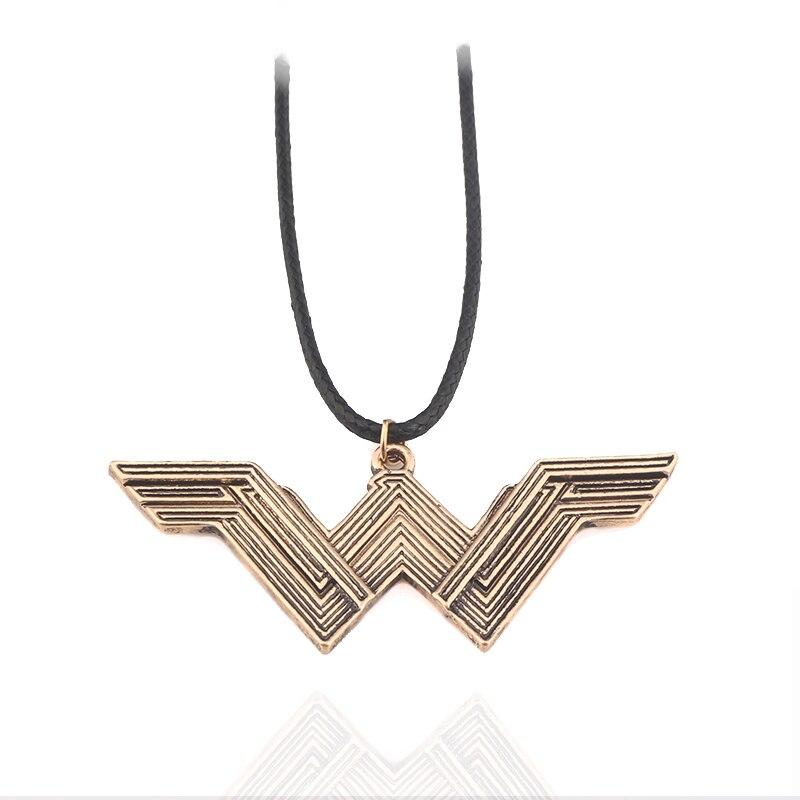 Фильм СУПЕРГЕРОЙ Wonder Woman крутящий момент победитель акроним W Логотип Ожерелье для обувь для мужчин и женщин jewelry магазин при фабрике