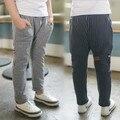 Ropa para niños 2017 niños del resorte casuales pantalones niño bebé pantalones pantalones del todo-fósforo