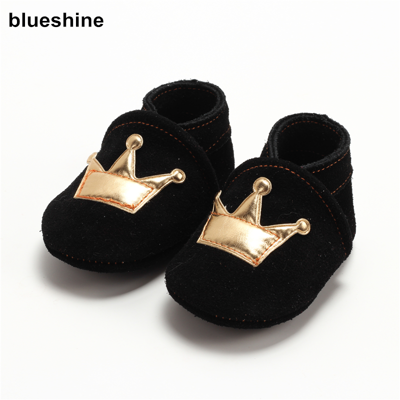 100% Genuine Leather Baby Boys Shoes Baby Moccasins Crown and Stars Soft Bottom First Walkers Free shipping