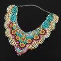 2014 Artesanal Multicor Resina Bolha Beads Falcate Pingente Colar Colar BIb Estilo Popular Preço de Fábrica Para O Varejo