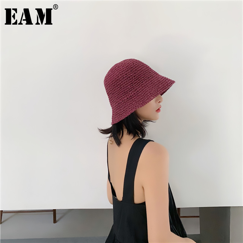 [EAM] 2020 New Spring Summer Round Dome Knitted Straw Hat FoldableTemperament Fishermen Hat Women Fashion Tide All-match JR971