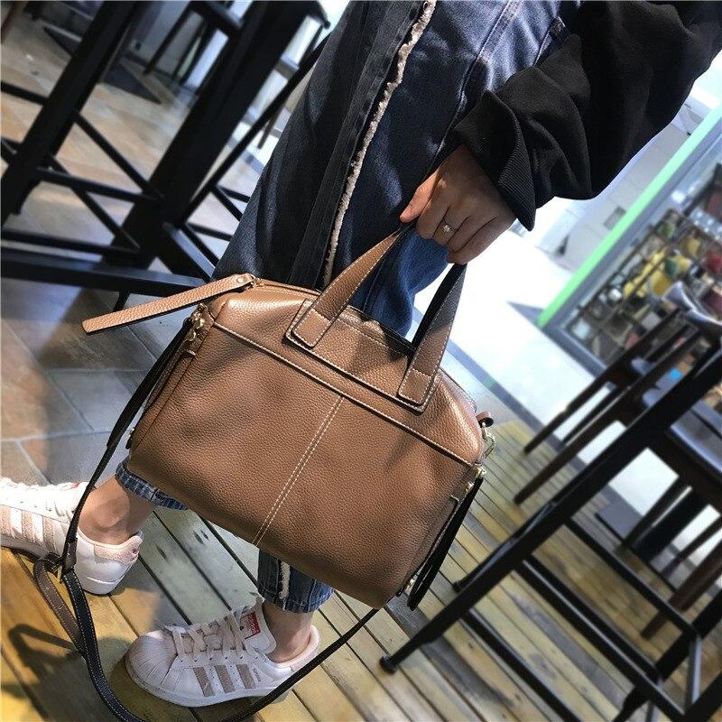 แบรนด์ที่มีชื่อเสียงหนังแท้กระเป๋าสะพายกระเป๋าถือหรูผู้หญิงกระเป๋าออกแบบ Vintage ขนาดใหญ่ Casual Tote กระเป๋าหญิง-ใน กระเป๋าหูหิ้วด้านบน จาก สัมภาระและกระเป๋า บน   3