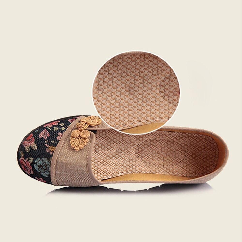 Women Shallow Broken Flower Round Toe Anti Skidding Cloth Shoes Casual Shoes 2018 New women casual flat shoes woman terlik 22