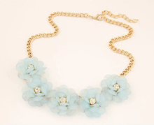 2014 New Korean fashion sweet and rich summer fashion flowers short necklace women statement necklace SO beautiful XY-N447