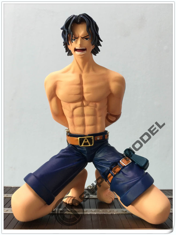 MODEL FANS IN-STOCK 28cm one piece execution stand Ace GK resin made for Collection Handicrafts