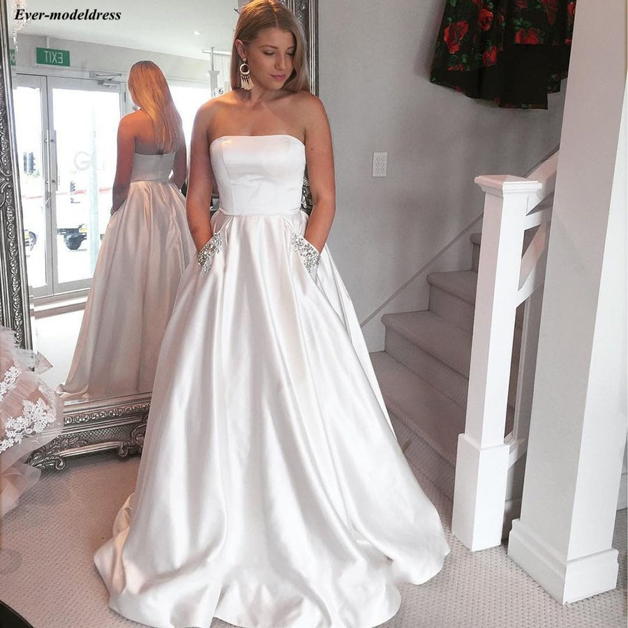 2019 Long Strapless   Bridesmaid     Dresses   With Pockets Lace Up Sweep Train Sleeveless Simple Formal Wedding Guest Party Gowns Cheap