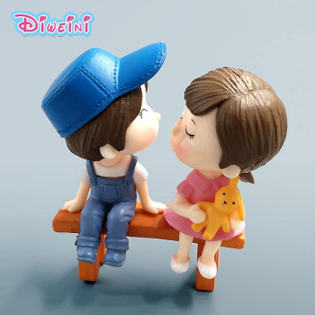 Lover Datting Models Boy Girl Sitting Chair Miniatures Figurines Couple Fairy home Garden Wedding Doll Decoration toy gift