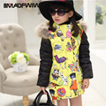 2016 зима новый девушки утка вниз пальто куртки мода капюшоном меховой воротник толстый теплый лоскутное народная печати верхняя одежда для девочек