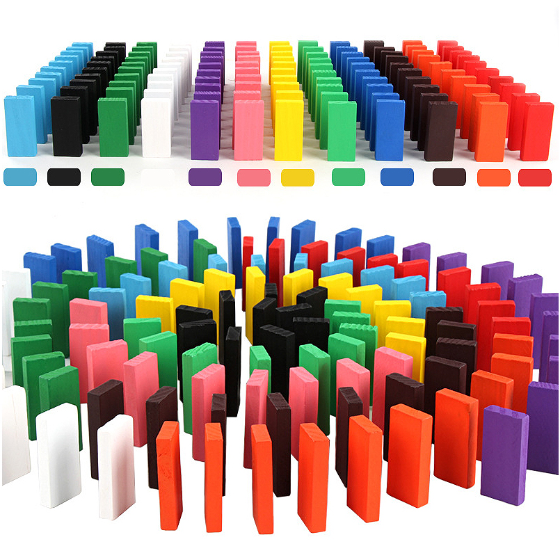 Atyhao Blocs de Domino 100 pi/èces Blocs de Domino en Bois Bloc de Construction Dominos en Bois Ensemble Blocs de Construction Jeu de Carreaux de Course Jouets /éducatifs Cadeau pour Enfants Blocs de