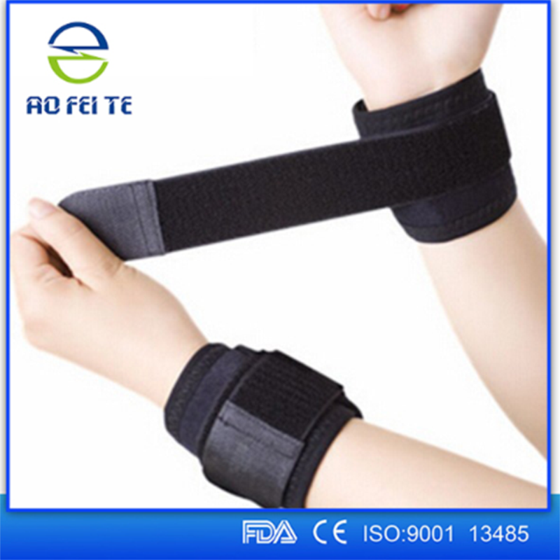 Tourmaline Products 1 pair Medical Wrist Support Self Heating Belts Tourmaline Wrist Brace Support Sports Protection Women H004