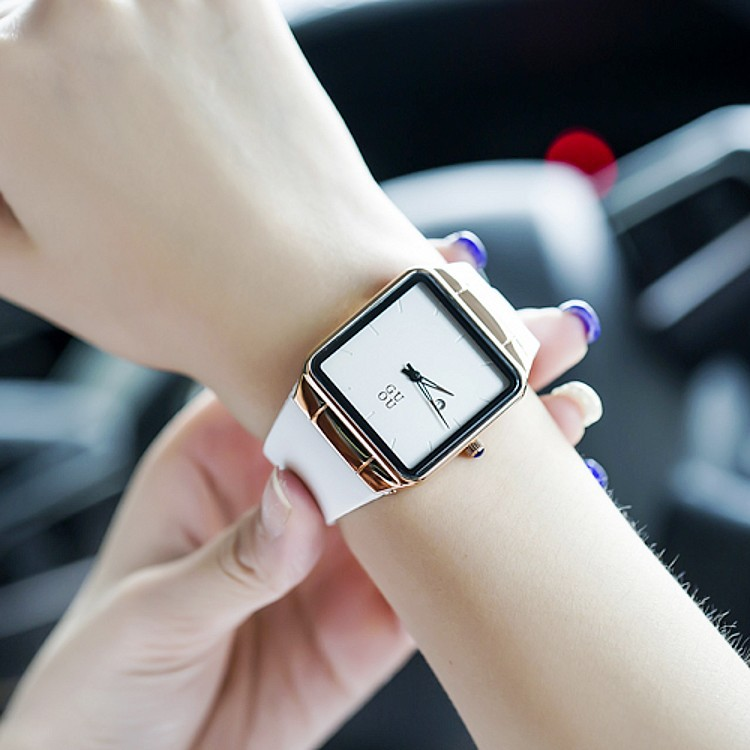Luxury Brand Women Fashion Quartz Watch Ladies Casual Simple Square Dial Calender Female Wristwatch Clock Relogio Feminino OP001