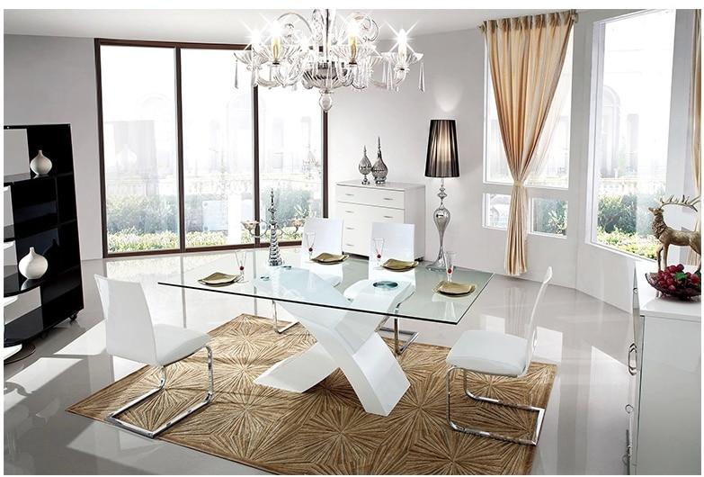 Sedie per tavolo in vetro interesting idee elegante for Sala pranzo moderna