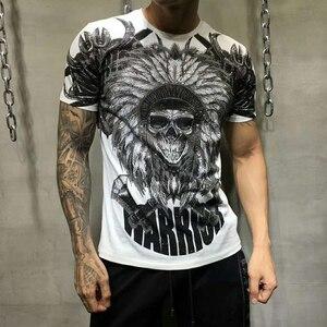 Image 3 - PP torba ambalaj! Marka giyim erkek yaz T Shirt erkek moda rahat tişörtleri taklidi hintliler baskılı nefes tişört