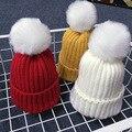Ganchillo Del Bebé Del Sombrero 2016 de Invierno Cálido Sombrero con Fur Top Kids Accesorios keep warm oído Sombreros Del Bebé Casual sombreros De Punto