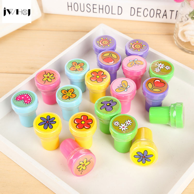 JWHCJ Flowers Stamp children diy Handmade Scrapbook Photo Album students Stamps Diary Decor Forniture teacher seal kids toy gift jamie notes cute cat stamps roller date stamps to school seal retro stamp notebook personal diary diy accessories 2015 2026 year