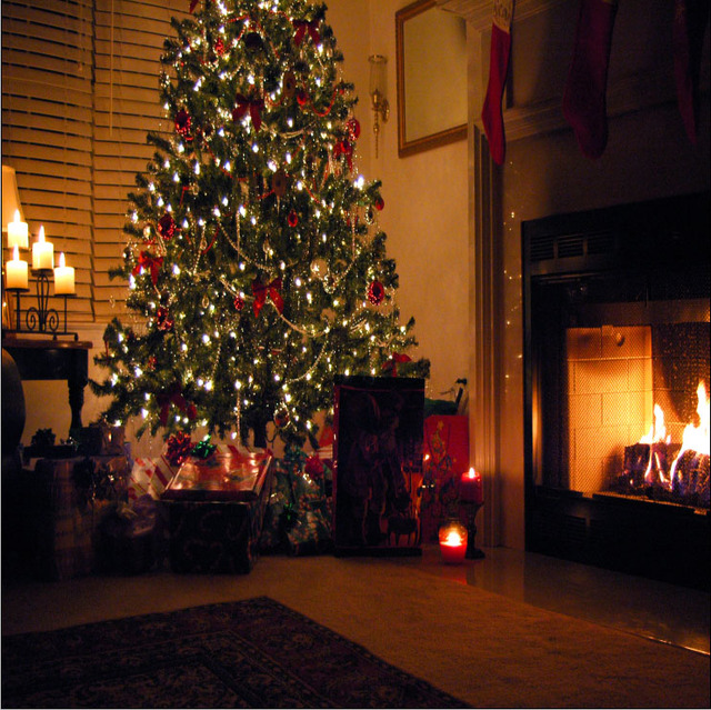10x10ft Indoor Living Room Fireplace Christmas Tree