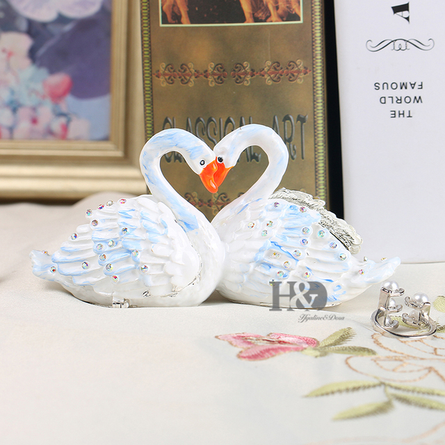 Tiffany Metal Swan Wedding Trinket Box Ring Holder Earring Jewelry Stands Box Storage Wedding Jewelry Case Souvenirs Gift Crafts