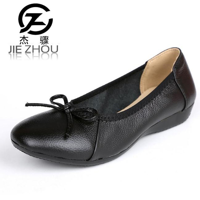 Spring autumn new leather mother shoes flat non-slip casual shoes Large size Women shoes Ballet Flats Work, driving shoes factory direct sale women cloth shoes new designer shoes bowknot casual shoes work flats