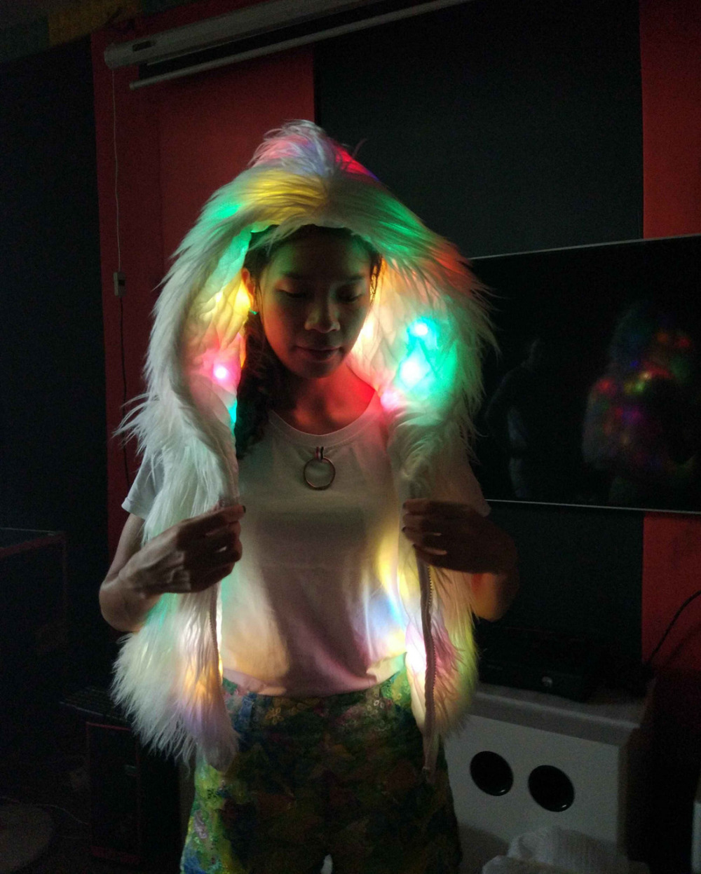 NIHUA Womens Faux Fur LED Vest Light Up Rave Hoodies Gilets Jacket Cat Ears Xmas Birthday Party Fancy Dress