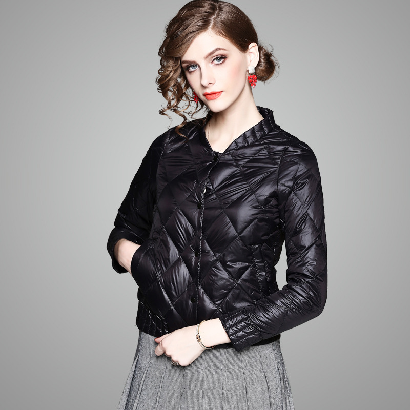 2017 Autumn And Winter new arrival womens down coat short frivolous open buckle womens down jacket 74071