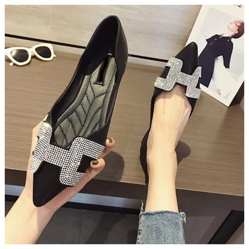 4  SUOJIALUN Vogue Girls Flat Ballet Footwear Bling Crystal Pointed Toe Flats Footwear Elegant Snug Woman Shiny Footwear HTB1rJrRjnCWBKNjSZFtq6yC3FXaE