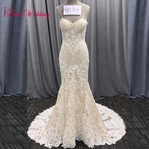 Image 1 - 2020 אופנה חדשה בת ים אפליקציות חתונת שמלה ארוך רכבת ואגלי כלה שמלת robe דה mariee תחרה שרוולים שמלת כלה