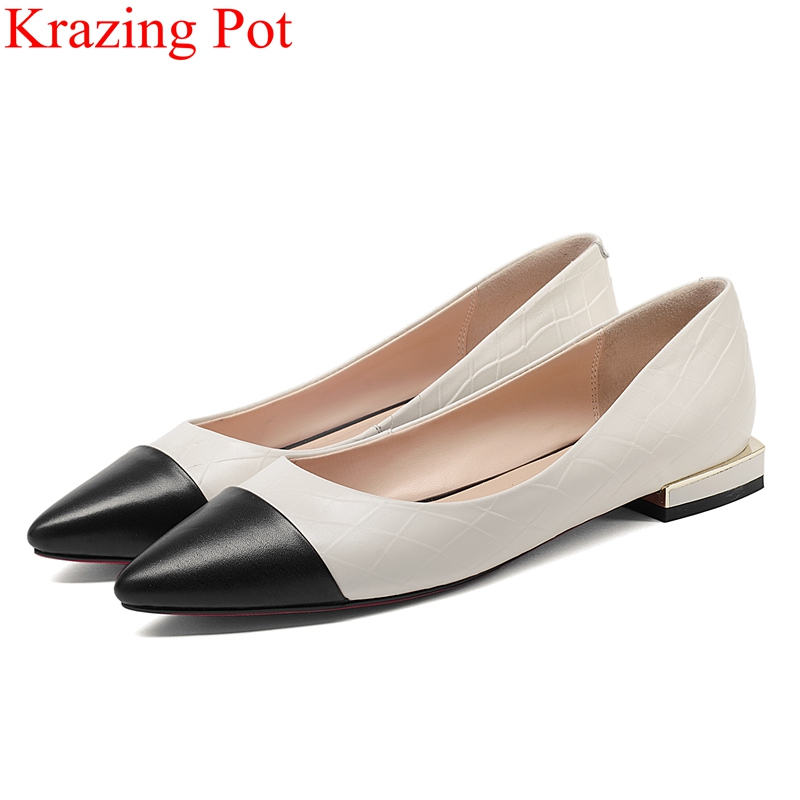купить 2018 fashion cow leather shallow square heel women pumps concise office lady elegant slip on mixed colors classic sweet shoe L52 по цене 3422 рублей