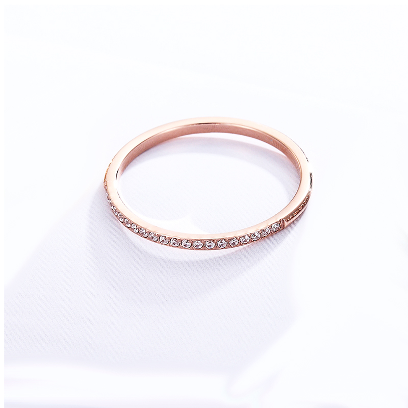1.5mm Wide Fine workmanship Zircon Ring For Women Top Quality Titanium Steel Gifts for lovers Jewelry Wedding Ring Wholesale 4