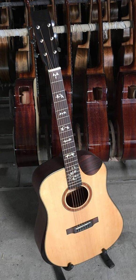 Performance faite à la main guitare acoustique en bois massif épicéa en gros