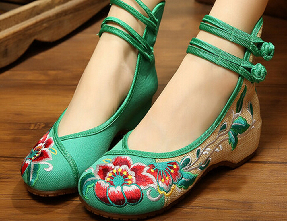 ladies shoes big girls shoes canvas women shoe flower embroidery elevator shoes inside dancing mom shoes mother shoe green black