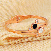 Women Bracelet - Flower Shaped Open Bangle lnlaied Cubic Zirconia 4
