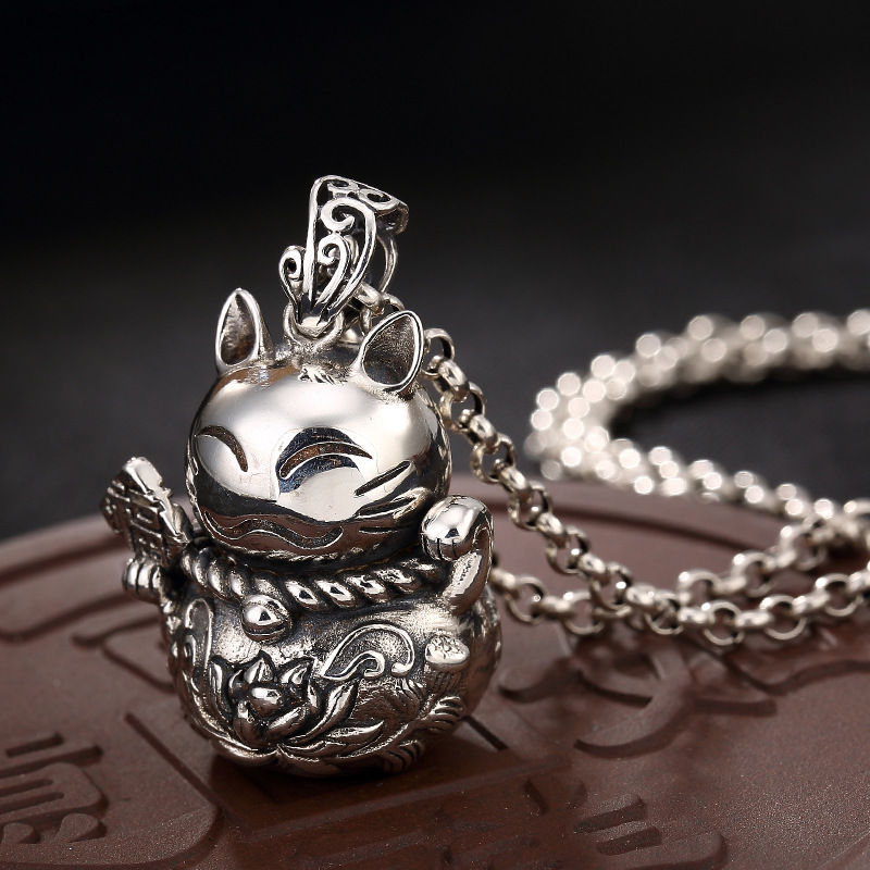 2018 Fashion Silver S925 Sterling Silver Retro Thai Silver Coin Cat Pendant Lady Long Style Sweater Chain Pendant Wholesale 2108 new silver s990 silver dollar topaz korean edition hollowed out silver sterling sweater chain lady s pendant wholesale