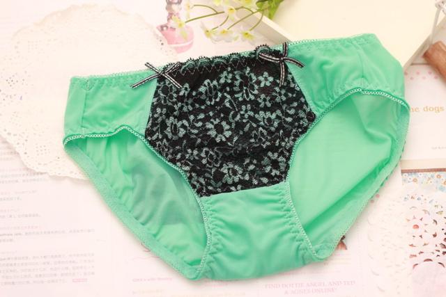 Sexy Bra Lovely Underwear Frill Details Bra Briefs