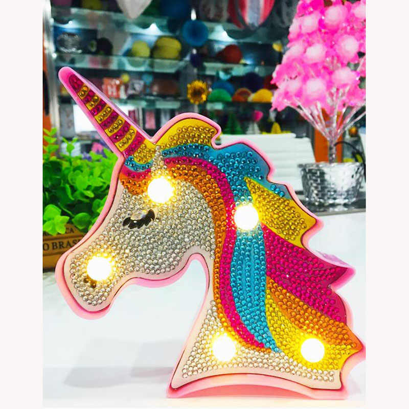 Venda quente 5d Diy Led night light Rodada Broca de Diamante Pintura Animal Dos Desenhos Animados do Unicórnio decoração Bordado Caixa de Cristal de cabeceira