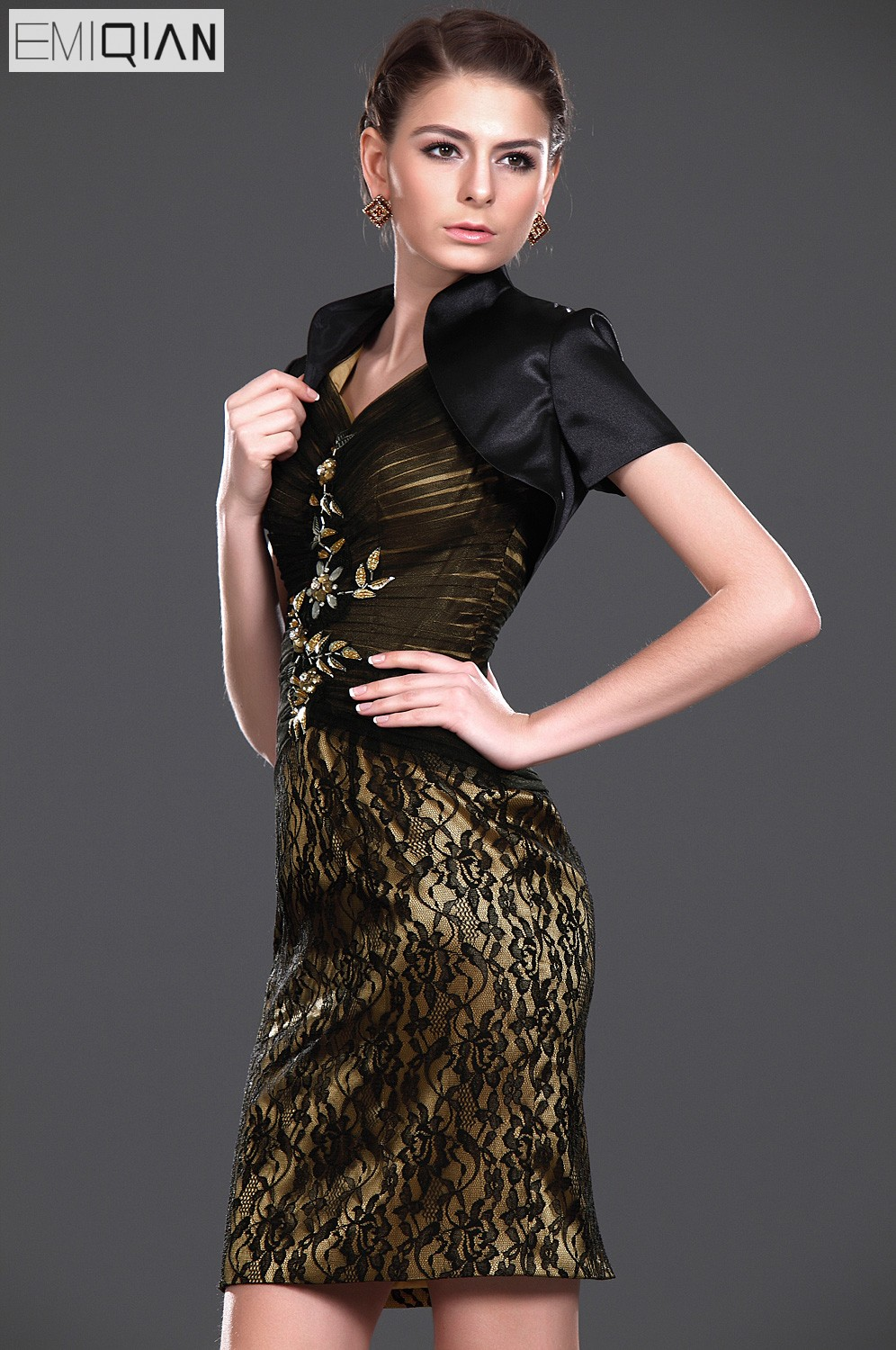 8e4815b287a Aliexpress.com   Buy Formal Wedding Party Dress Designer Sheath V Neck Lace  Short Mother of the Bride Dress with Jacket from Reliable mother of bride  ...