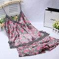 Сексуальность женщин Кружева Ночное V-образным Вырезом Пижамы Устанавливает Две Штуки Топы и Шорты Летом Стиль Пижамы Pijamas Набор Леди