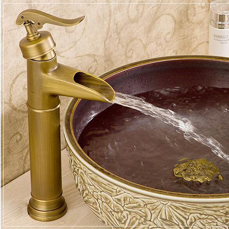 ФОТО Luxury Single Handle Hot and Cold Basin Faucet Deck Mounted Bathroom Waterfall Mixer Taps Antique  Brass Finish