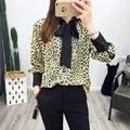 2017 Mujeres de La Manera Camisas Sexy Leopard Print Pajarita Blusas de Cuello de Contraste de Color Casual Señora Work Wear Tops Blusas Femeninas