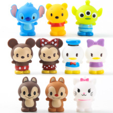 10st / set Hot Sale Vinyl Dolls Set Set Action Figurer Mickey Winnie Bears Hello Kitty Duck Squeeze Leksaker för Barn Kids Home Decor
