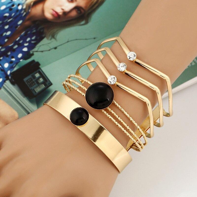 Модный железный браслет