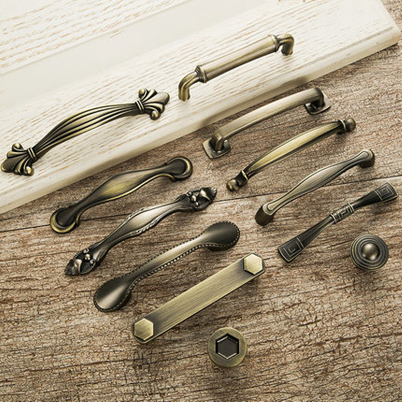 European Vintage Bronze Furniture Handle Drawer Knobs For