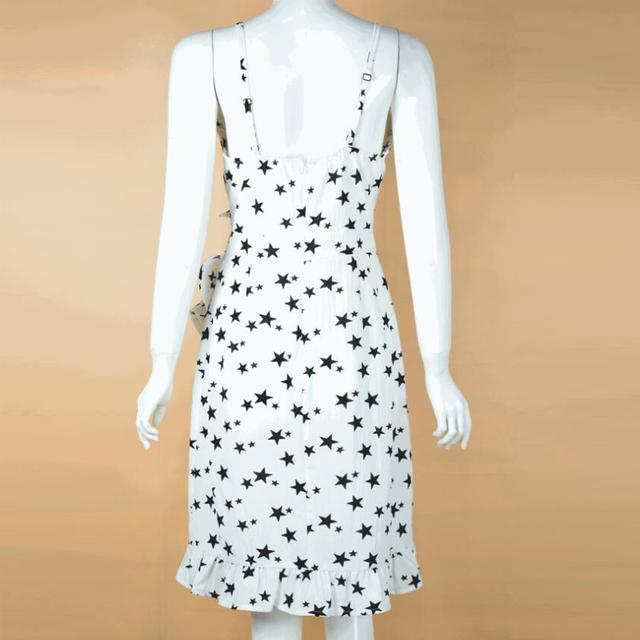 Verano Chiffon Spaghetti Correa vestido de las mujeres Sexy estrellas volantes Mini vestidos de cuello en V de alta cintura de fiesta de playa Mujer una línea vestido